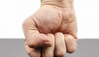 punch_fist_hand_strength_isolated_human_fight_wrist-1105720-1200x560